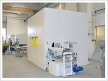 Kammer-Reinigungsanlage im Rundtaktverfahren mit Roboterbeladung (2)